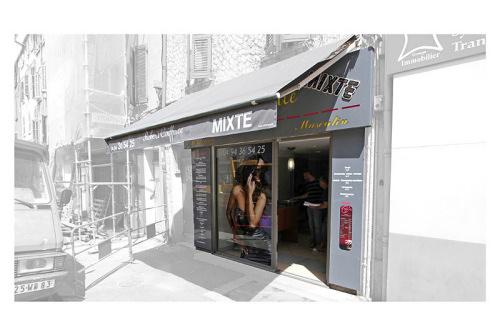Salon de coiffure extension tissage coupe cheveux pour for Salon de coiffure tissage